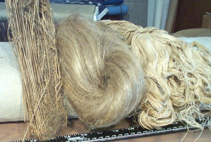 Различни сурови влакна от растението лен