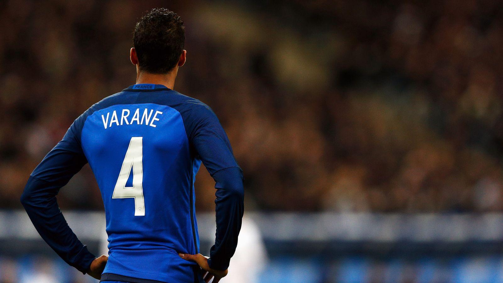 Кимпембе получил дебютный вызов в сборную Франции