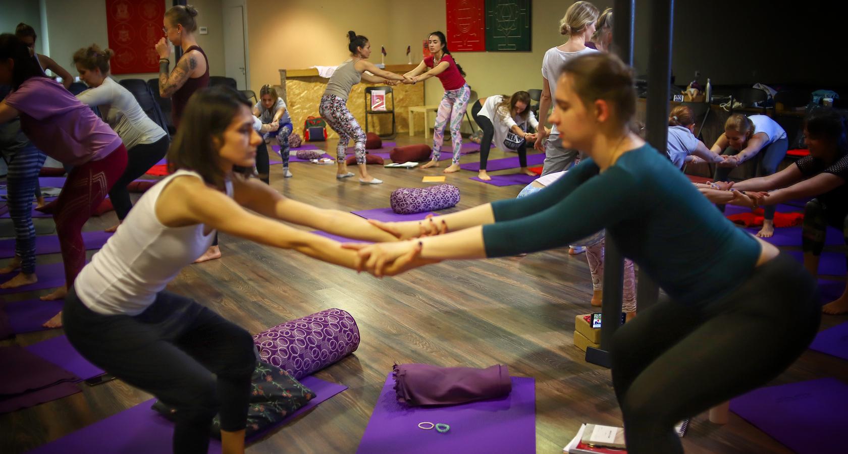 курсы женской йоги