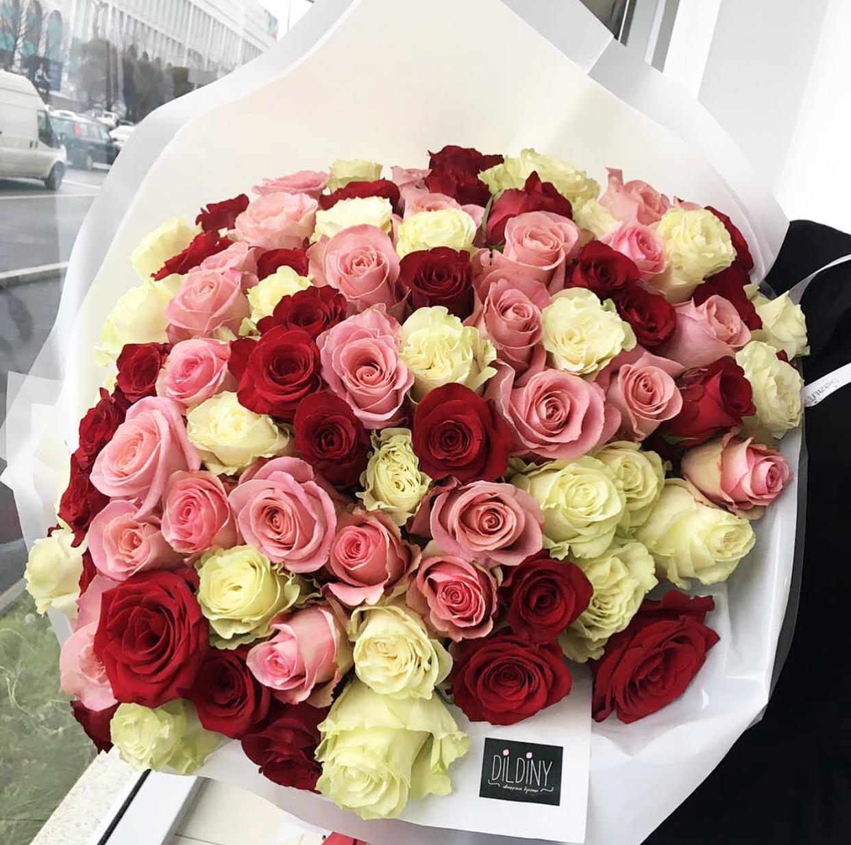 Цветы поставщика, доставка цветов и подарков алматы