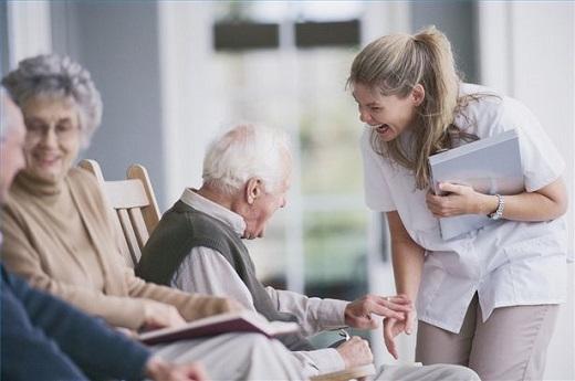 Устроить в дом престарелых пансионаты с уходом для лежачих престарелых больных