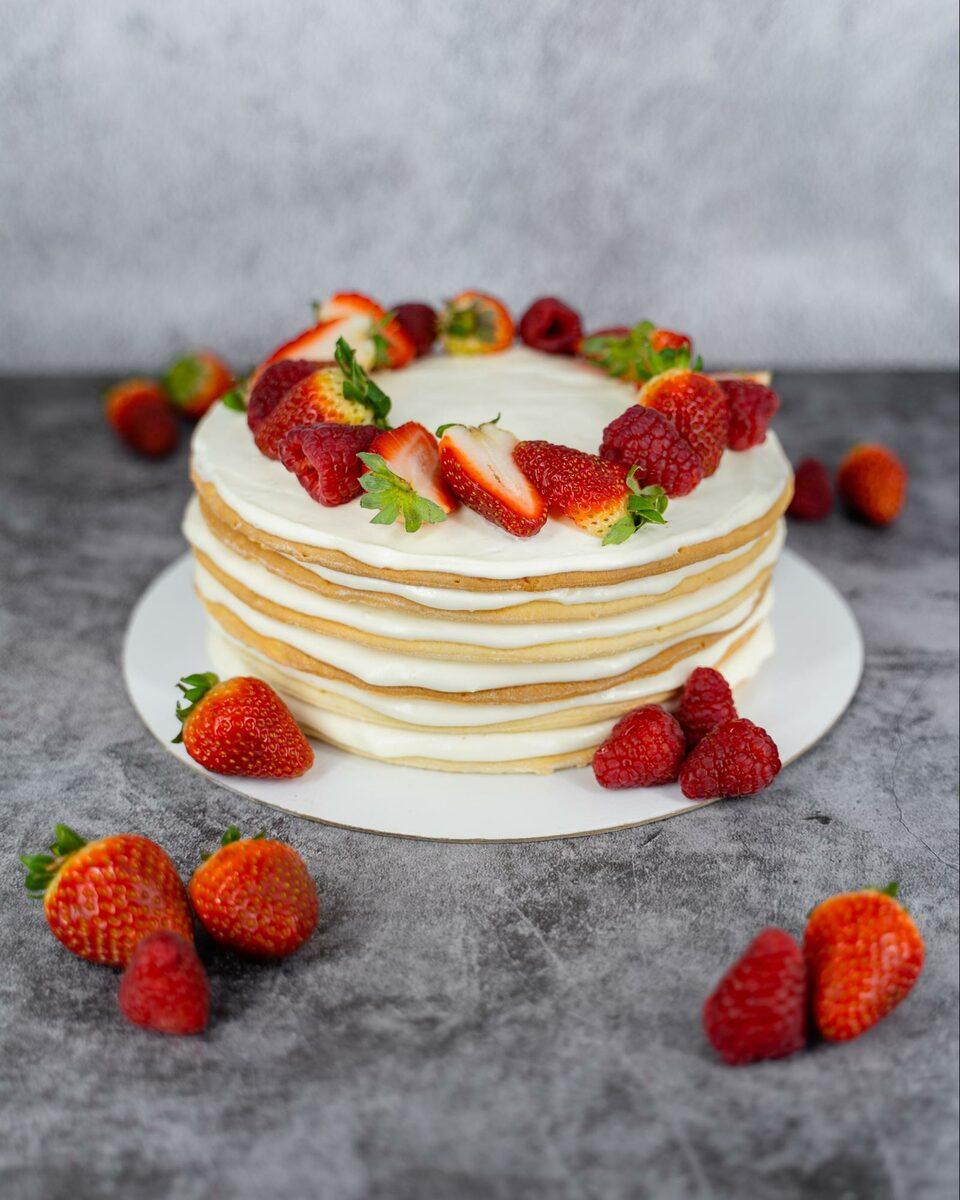 Торт на праздник как украсить