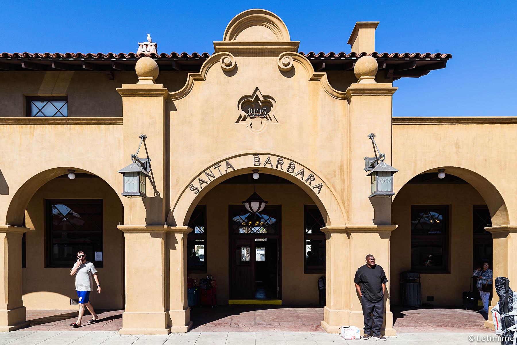 Вокзал в г. Санта-Брабара (Калифорния)