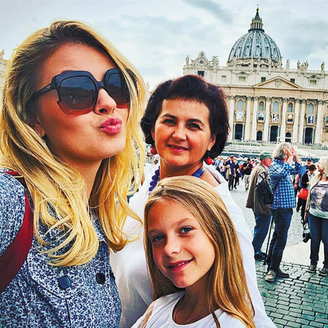 – Ваша дочь Маша уже определилась с будущей профессией?
