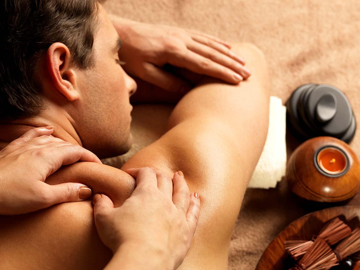 Смотреть секс на приеме у массажиста, Порно массаж с русскими девушками на 25 фотография