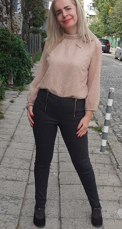 дамски панталон с ципове - фен снимка