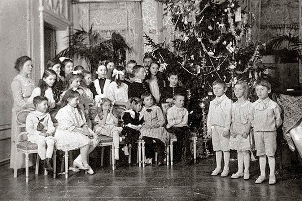 Новогодний Петербург в 1900 году.