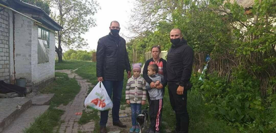 Активисты Партии Шария помогли нуждающимся - фото