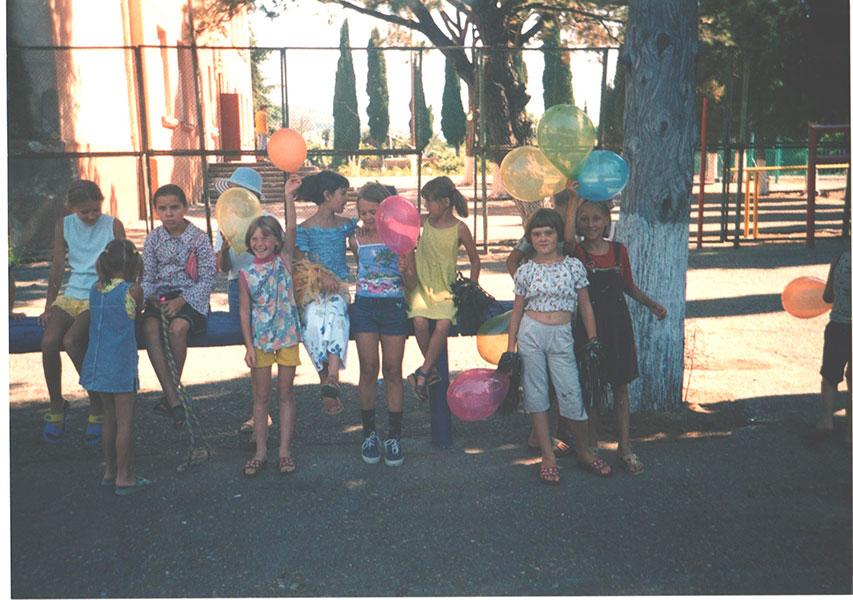 2000-е года. Во дворе школы