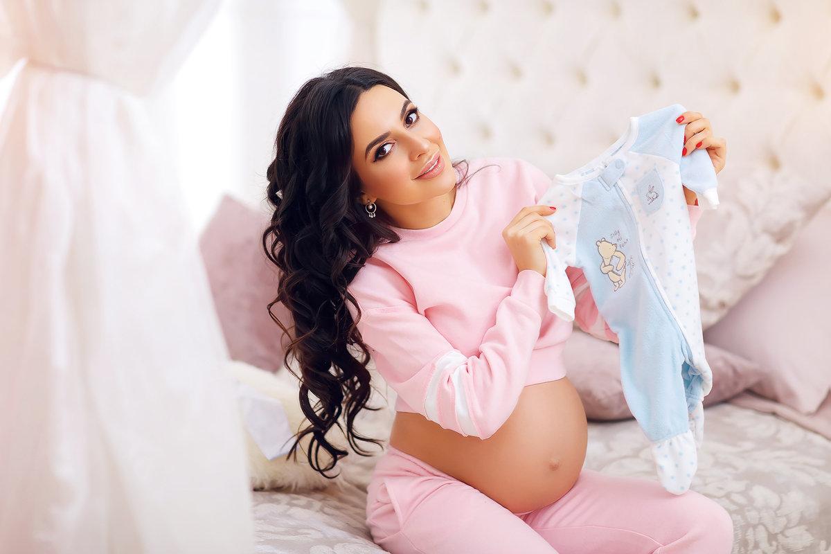 фотосессия беременной дома идеи