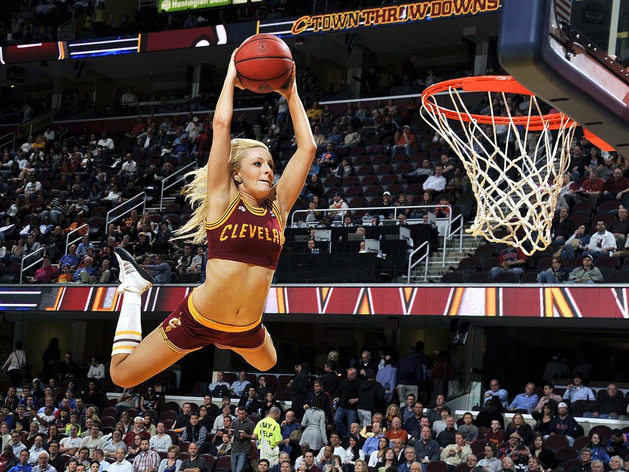 omens basketball girl - HD1200×900