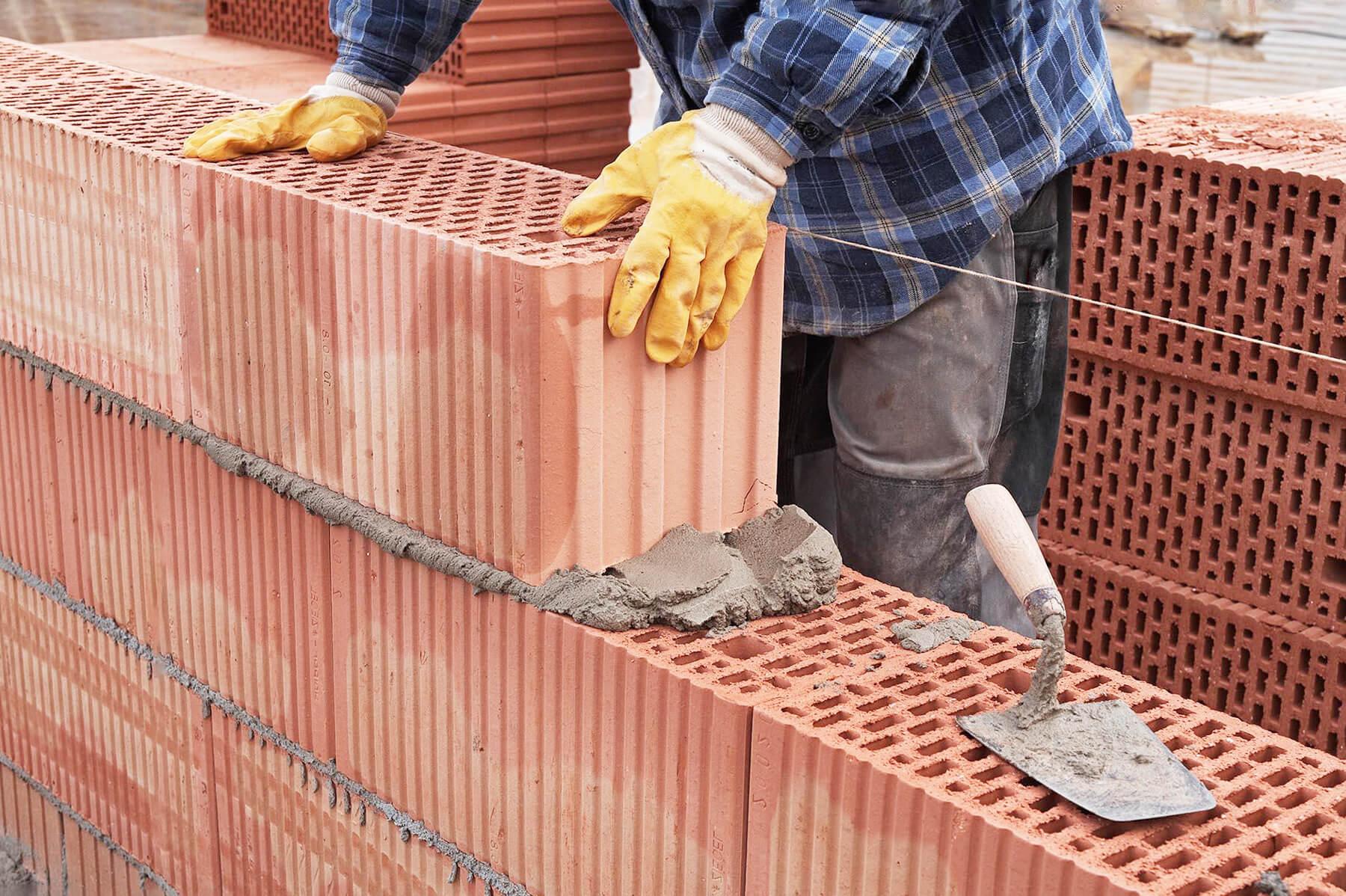 материалы для строительства частного дома | что лучше - камень, керамоблок, пеплоблок, кирпич, сип, дерево?