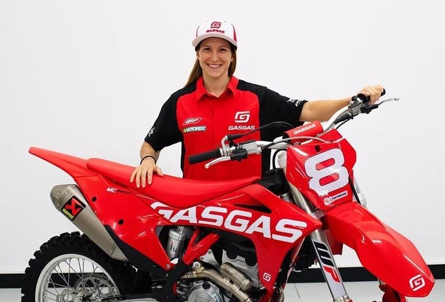Многократная чемпионка мира Киара Фонтанези также подписала контракт с командой Racestore GasGas