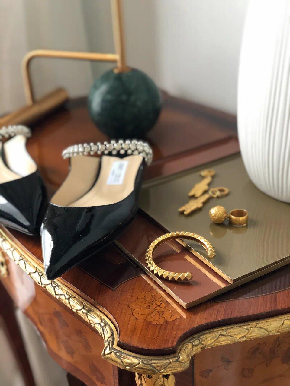 Яркие высказывания. Весомые произведения искусства. Серьги, кольцо, браслет серебро и золото. Крупные креативные украшения.