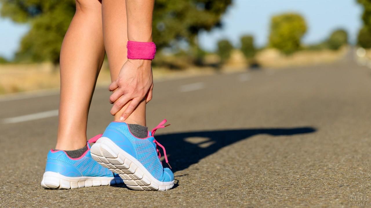 Лечение боли в икроножных мышцах ног