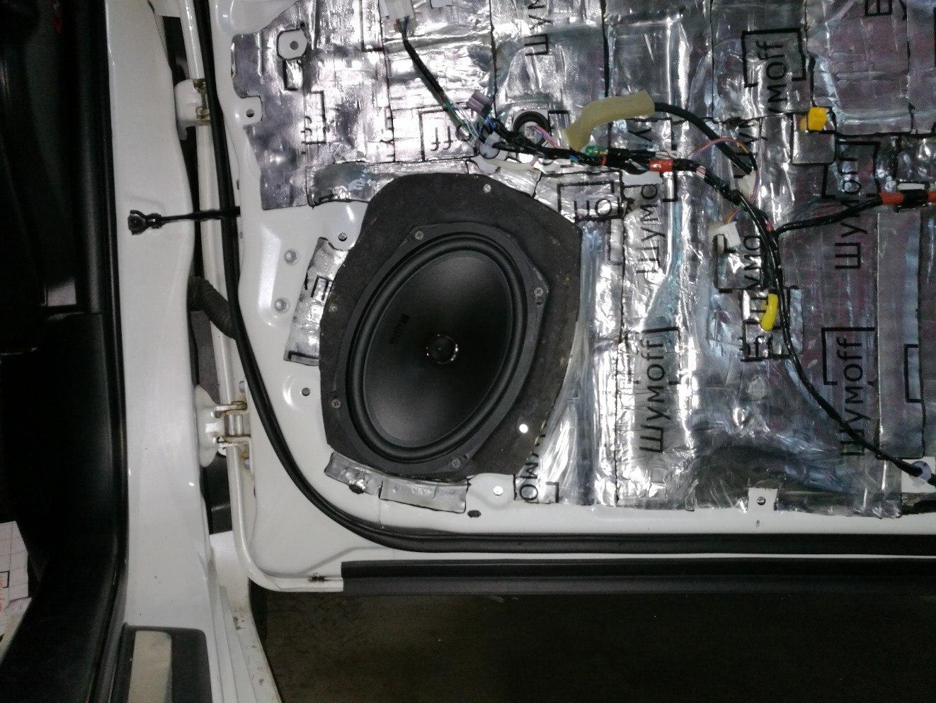 шумоизоляция передних дверей тойота камри