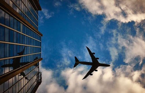6 Great Ways to Kill Time at the Airport