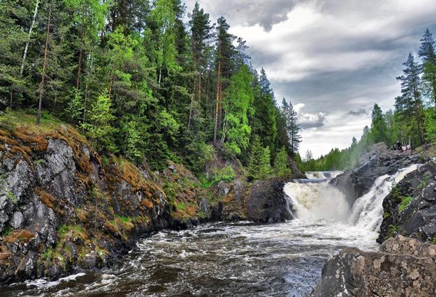 водопад в России