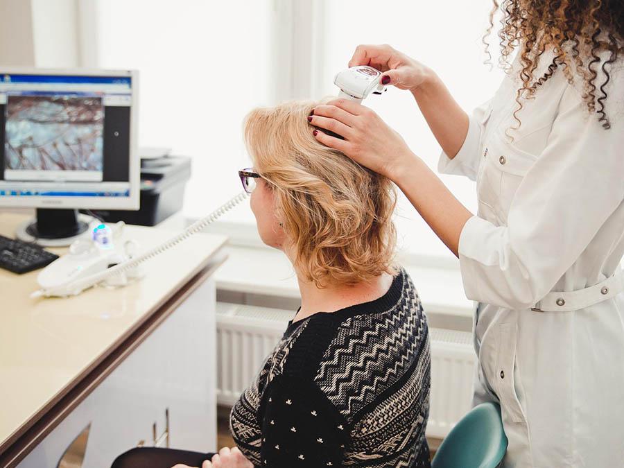 Проведение трихоскопии - компьютерной диагностики волос