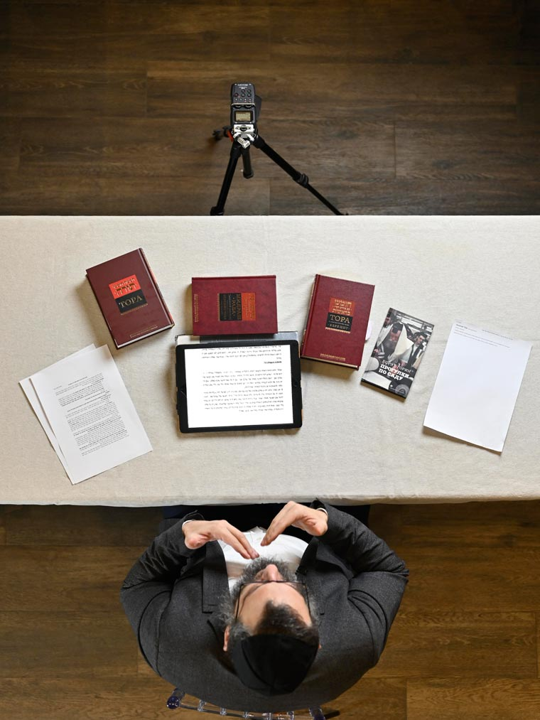 Борух Горин на съёмке видео для youtube-канала Лехаим. Фото Колдунова+Клёсов