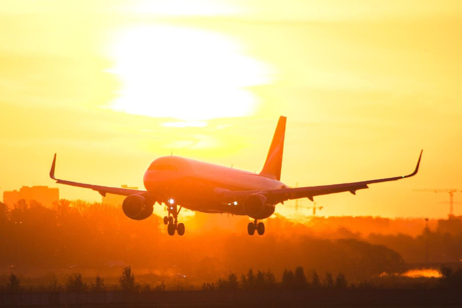 Самолет по маршруту Москва - Геленджик