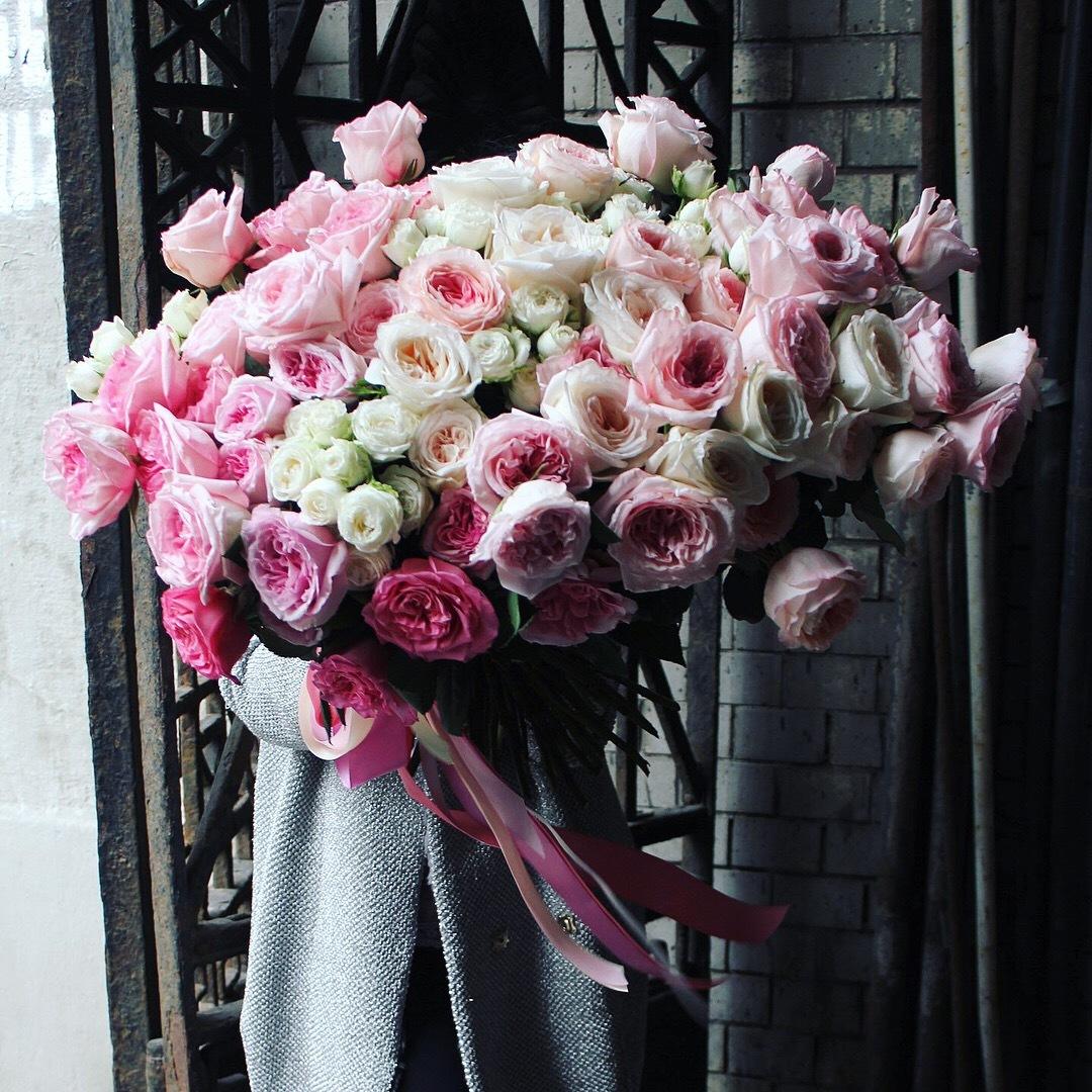 Цветов, какой букет подарить на первое свидание