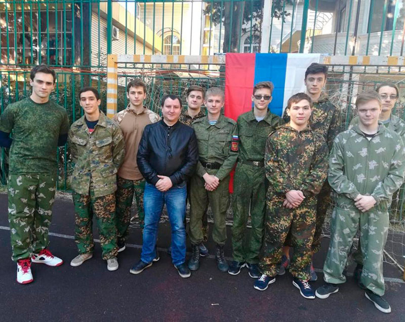 команда юношей заняла II место в районом конкурсе допризывной молодёжи Юный защитник