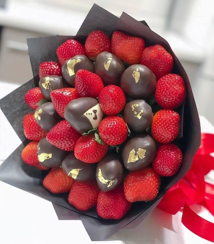 букеты ягоды в шоколаде так высока