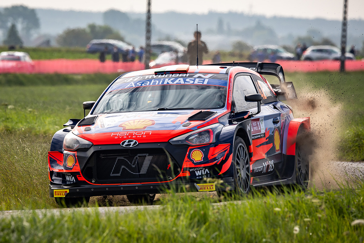 Крейг Брин и Пол Нейгл, Hyundai i20 Coupe WRC, ралли Ипр 2021