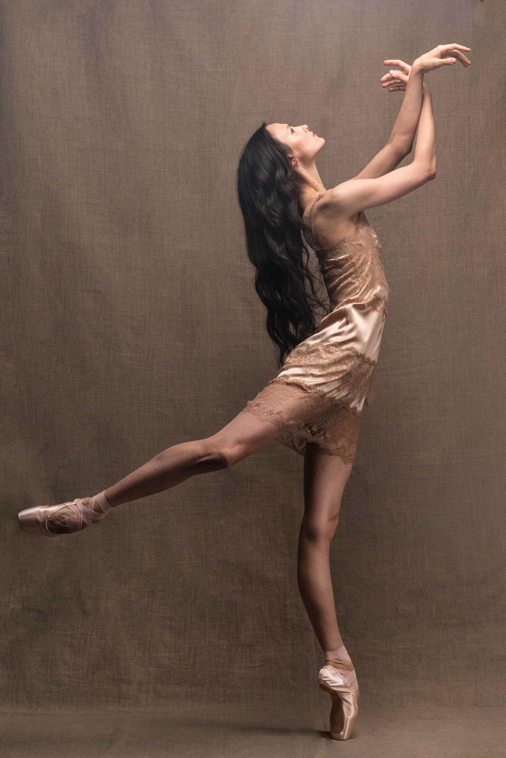 рапсодия лучшая танцовщица мира фото это, никто