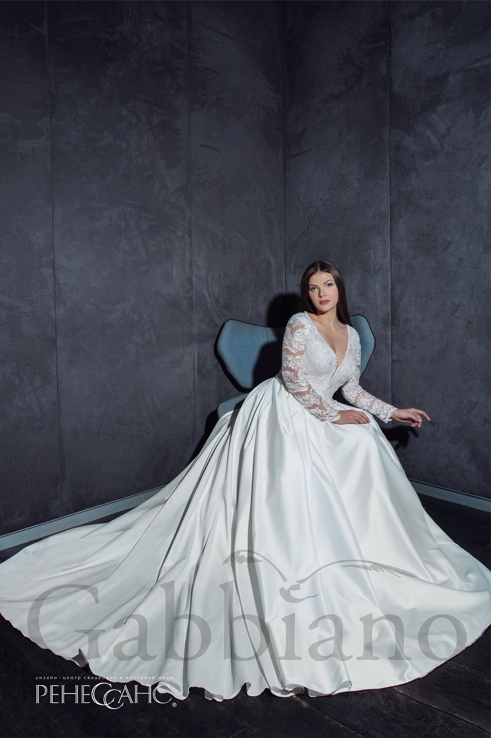 9a5a0d38ae6 1 фото. Glorietta. Классическое атласное свадебное платье ...