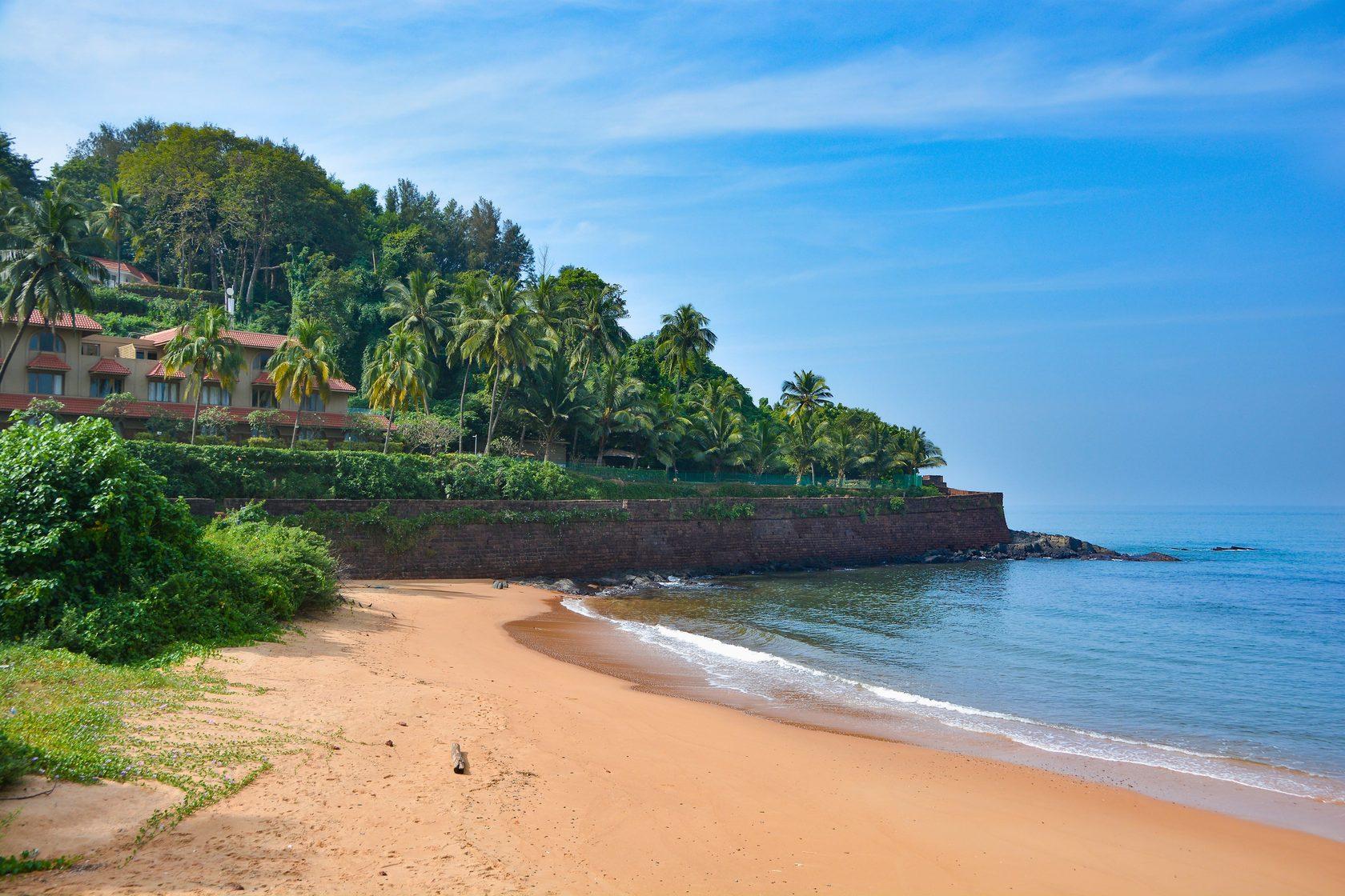 Sinquerim Beach, North Goa: How To Reach, Best Time & Tips