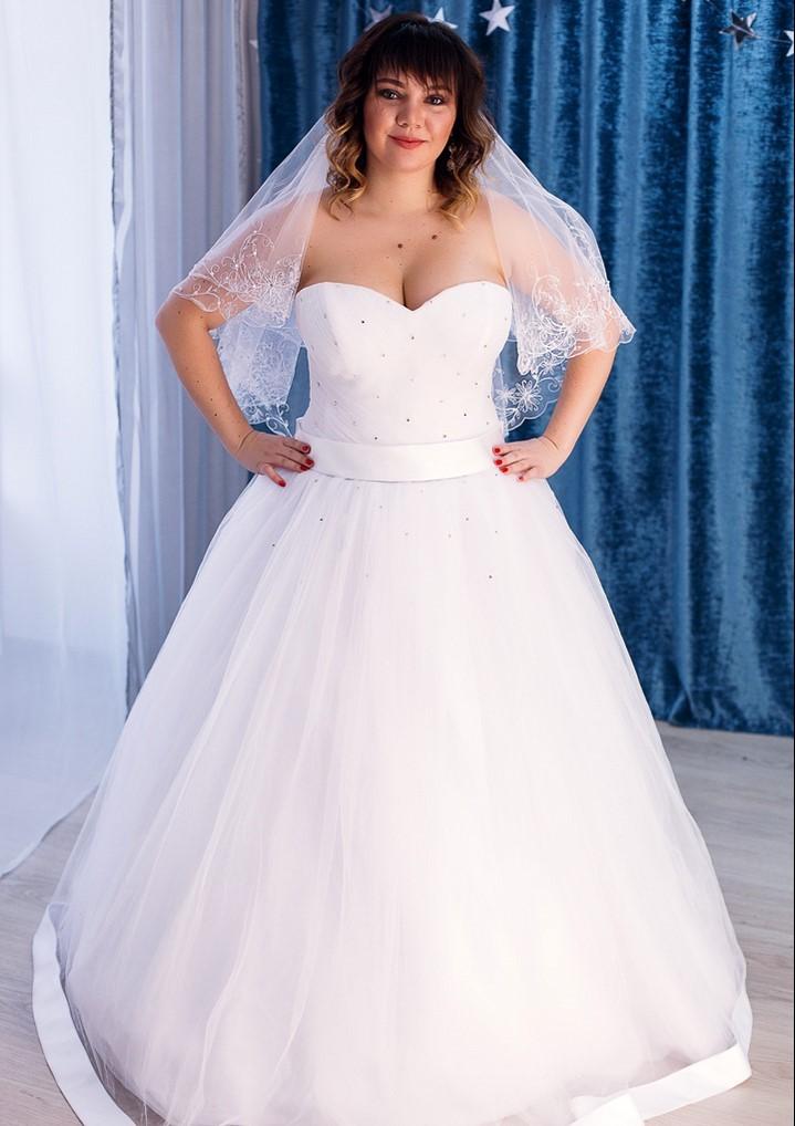 661acb33795 Свадебные платья  арендовать или купить - недорого! Москва