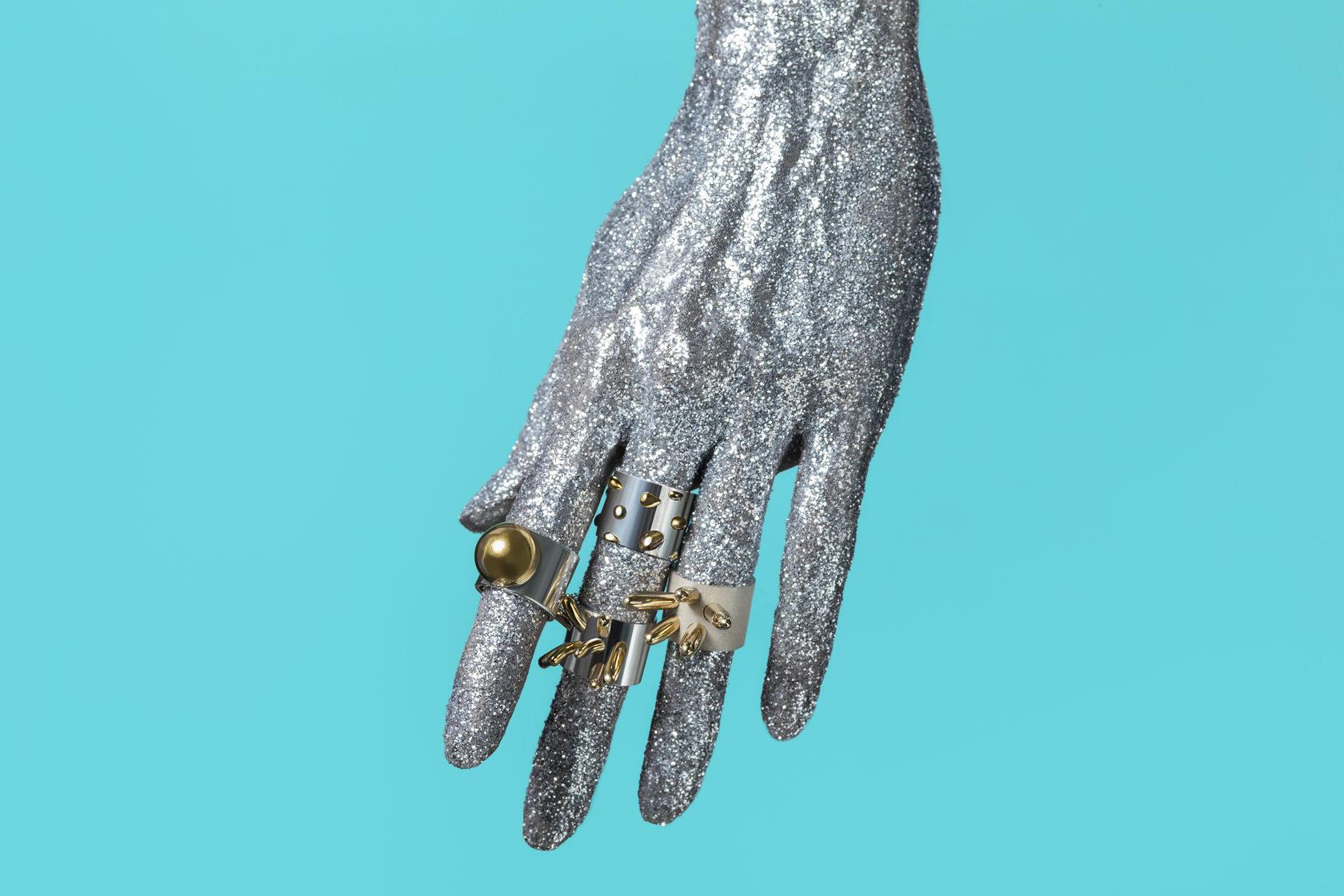 Серебреные и золотые кольца Bubbles коллекция. Яркие весомые украшения. Индивидуальность и стиль.