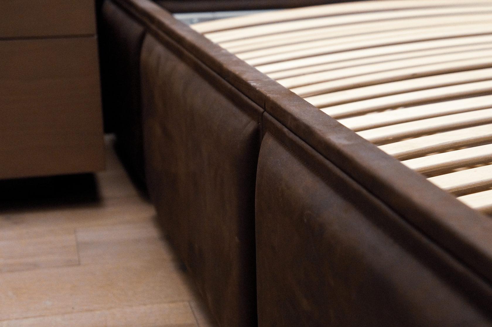 Мягкие кожаные панели