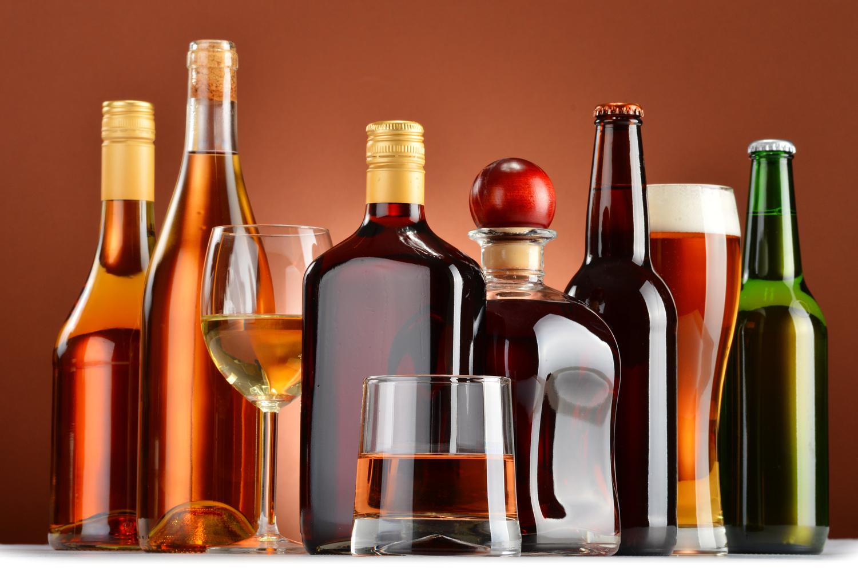 Как самостоятельно проверить акцизную марку и убедиться в легальности происхождения алкоголя?
