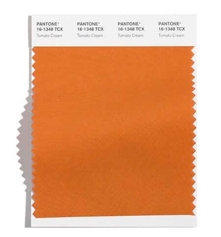 Tomato Cream е е унисекс нюанс на оранжевото, който съдържа в себе си и леки нотки кафяво и напомня за багрите на есенните листа и залеза на Слънцето в кратките зимни дни, както и последните неузрели домати.