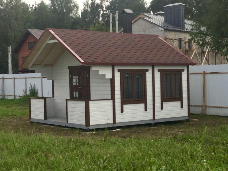 Дачная летняя кухня-домик
