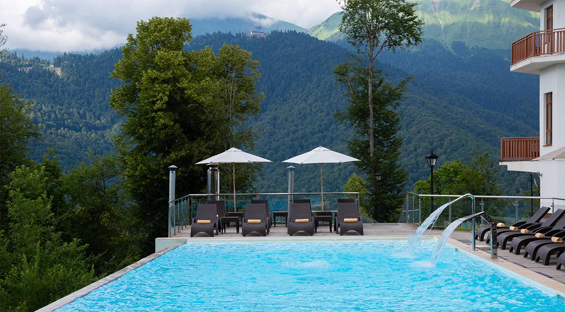 отель с бассейном роза хутор