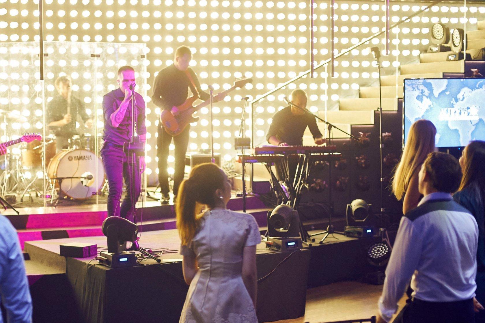 (c) Concertm.ru