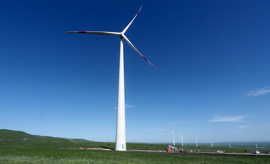 Губернатор Ставропольского края Владимир Владимиров отметил высокую значимость проектов в сфере ветроэнергетики для региона