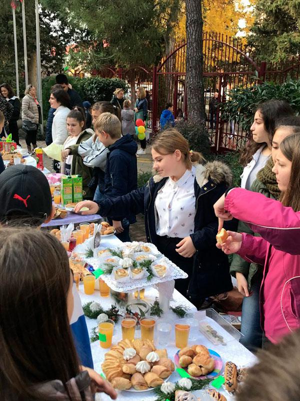 благотоворительная-ярмарка-в-День-города