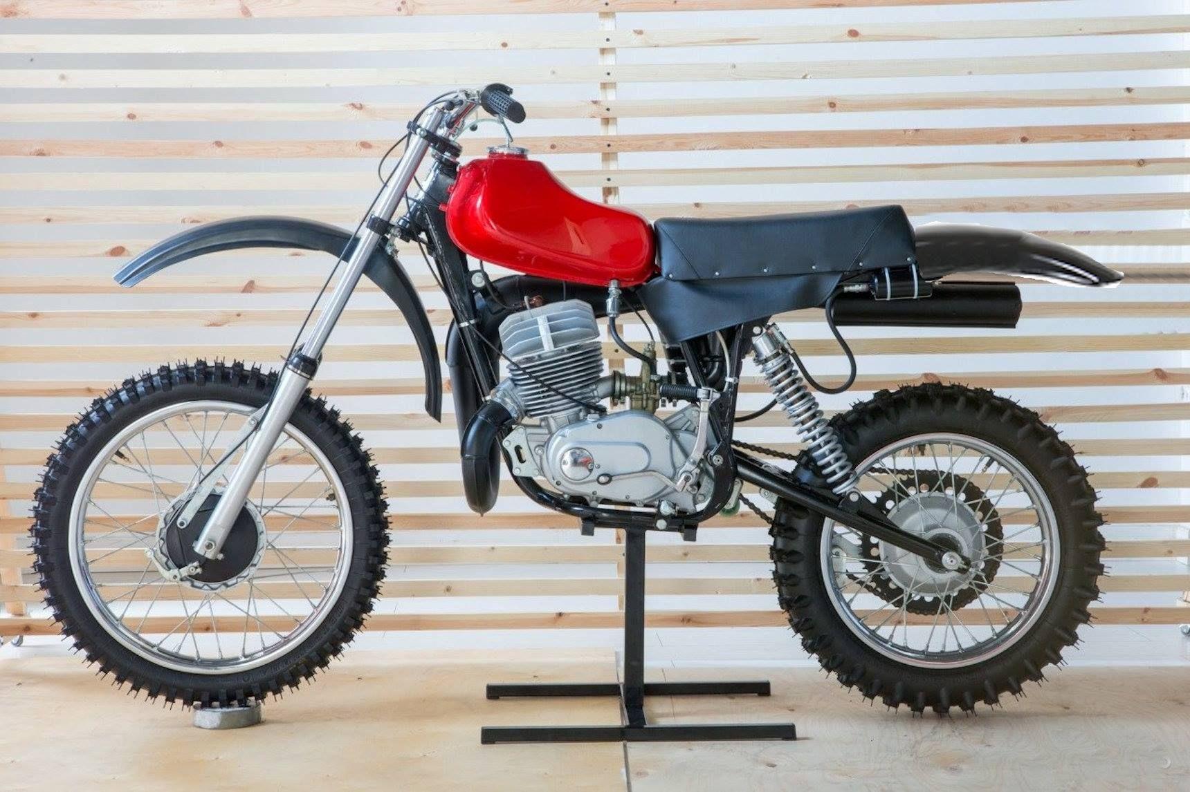 Фото самого дорогого мотоцикла в мире повороте ключа