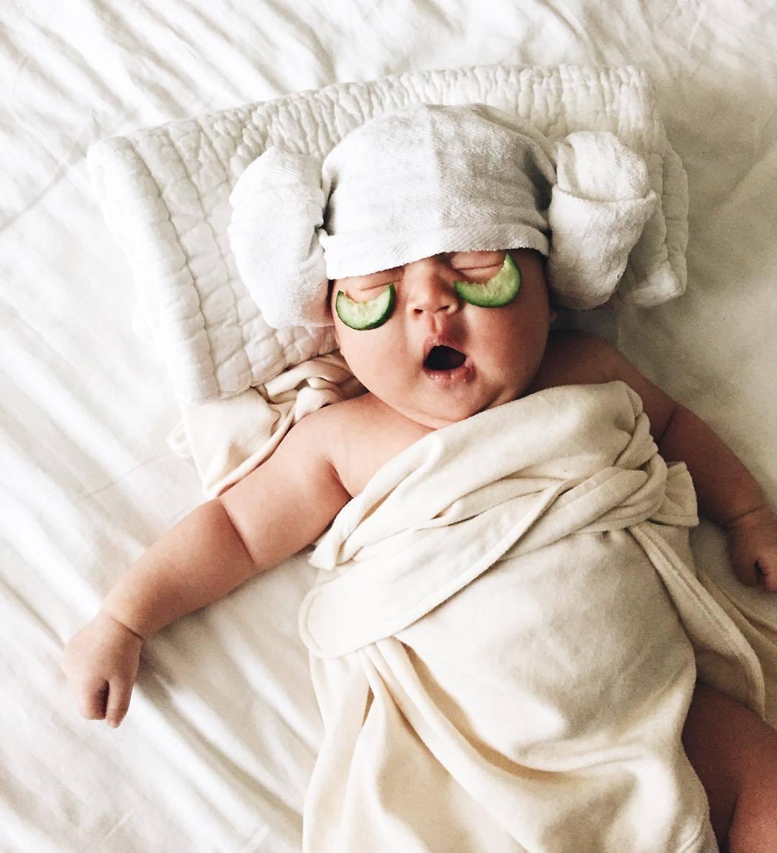 Смешная картинка младенец спит
