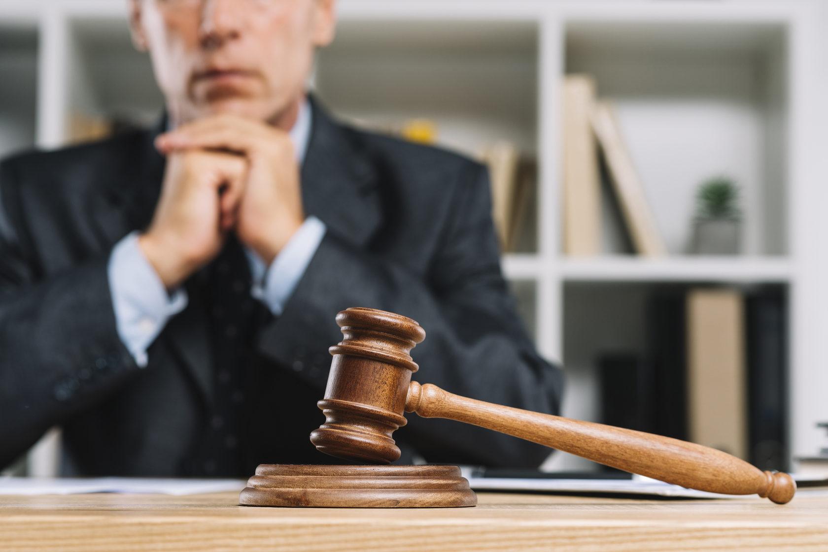 начинающий адвокат по уголовным делам