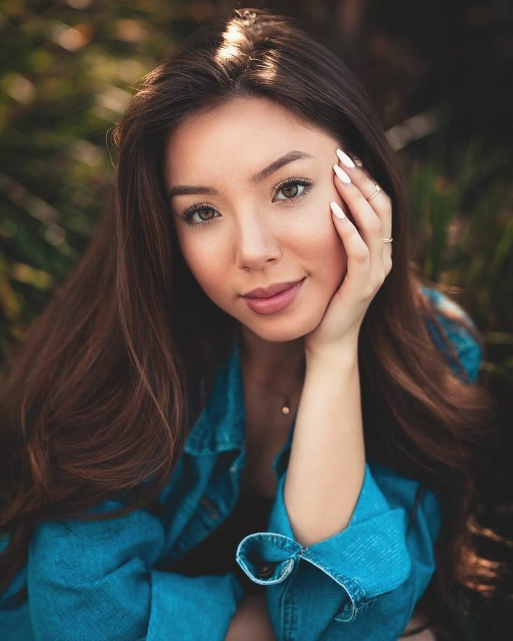 How do Filipino women behave: characteristics and manners