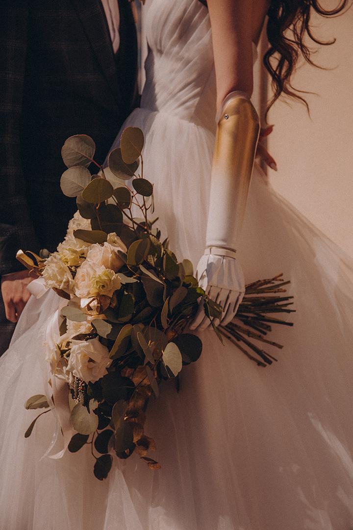 Протез предплечья к свадьбе