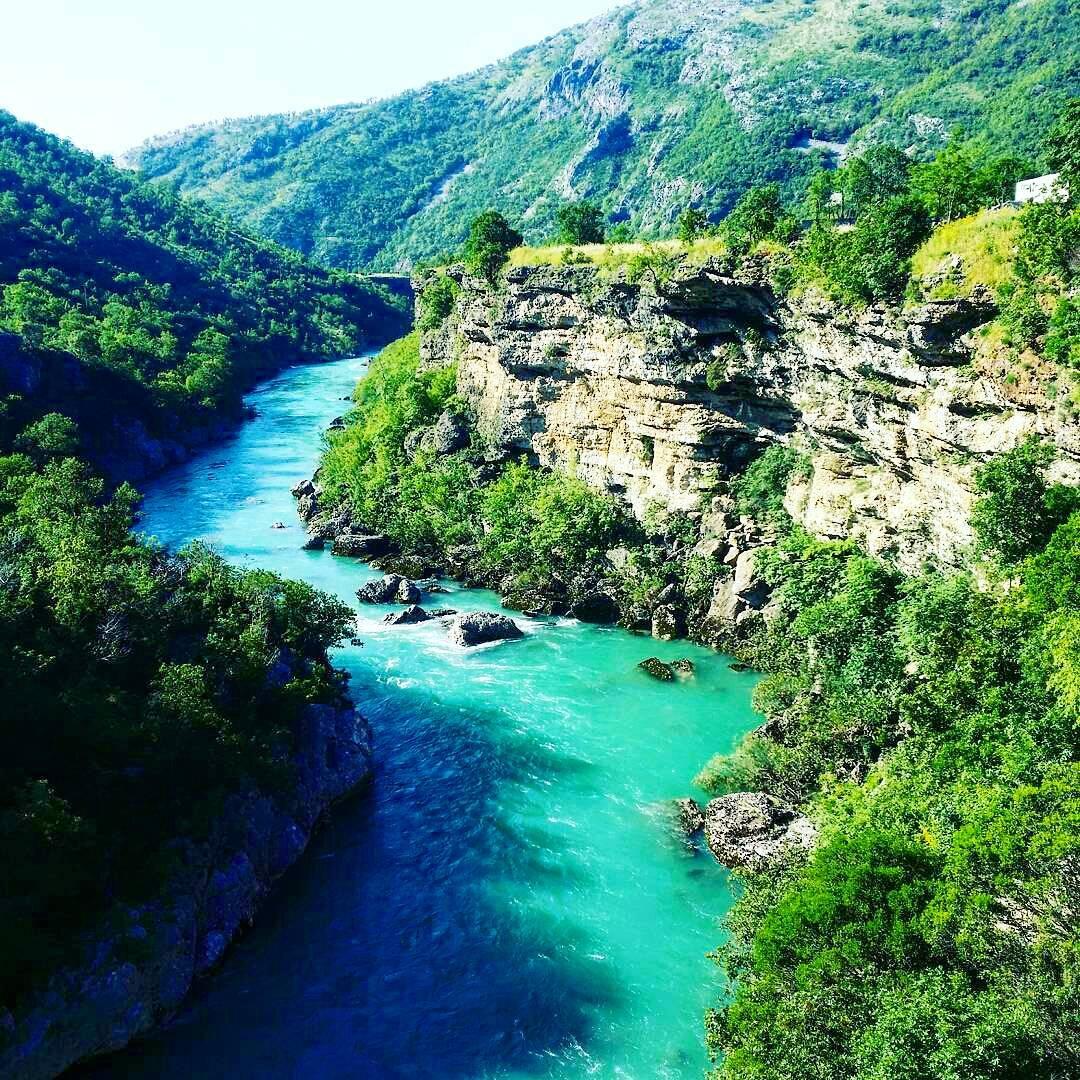седаны каньон тара черногория фото актёра отмечают, что