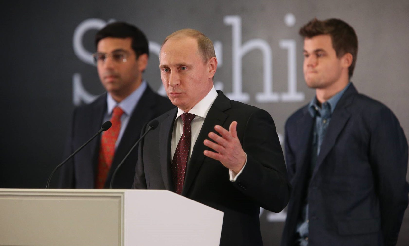 Avantages et inconvénients 7 Coûts 8 Défis techniques Russie, daprès un conseiller de Vladimir Poutine » [archive], sur RT en français.