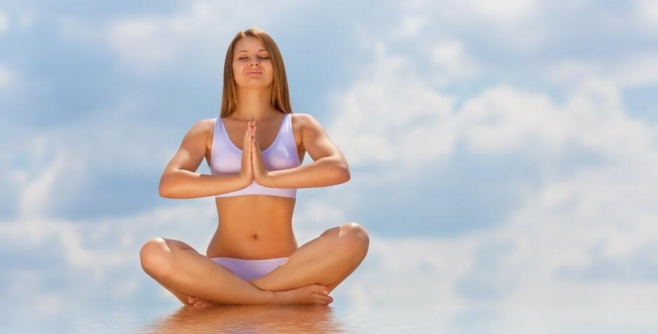 Йога тренировки доступный уровень